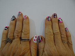 Lee spa nails soro nail ftempo for Acton nail salon